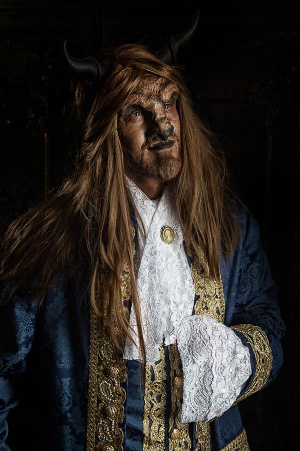 Halbportrait-Fotostudio-Dresden-Beast-Styling-Kopfschmuck-Make up-Perücke-