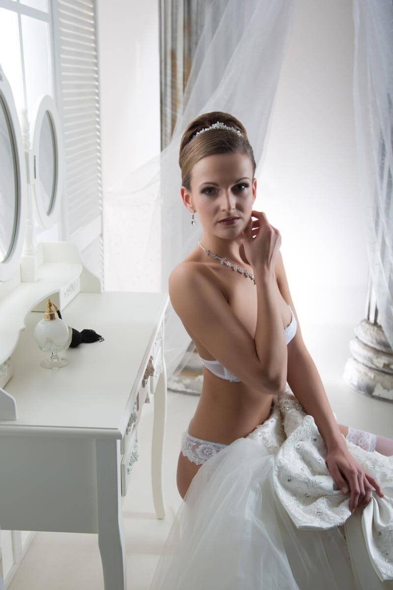 Fotostudio-Dresden-Boudoir-Dessous-Corsage-Dress-Styling-Make up-Private-Schmuck