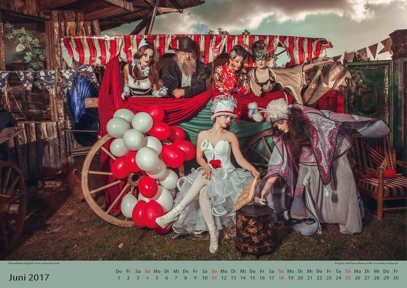 Fotograf-Fotostudio-Dresden-Zirkus-Shooting-Künstler-Artisten-Clown-Vorstellung-Ballons-Styling-Make up-Unterhaltung