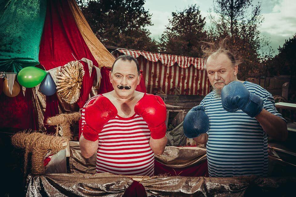 Fotograf-Fotostudio-Dresden-Zirkus-Kostüm-Shooting-Künstler-Artisten-Clown-Vorstellung-Styling-Fight-Make up-Unterhaltung