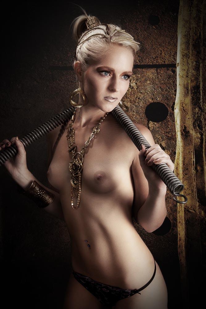 Fotograf-Fotostostudio-Dresden-Erotik-Akt-Shooting-Styling-Dessous-Private-Make up