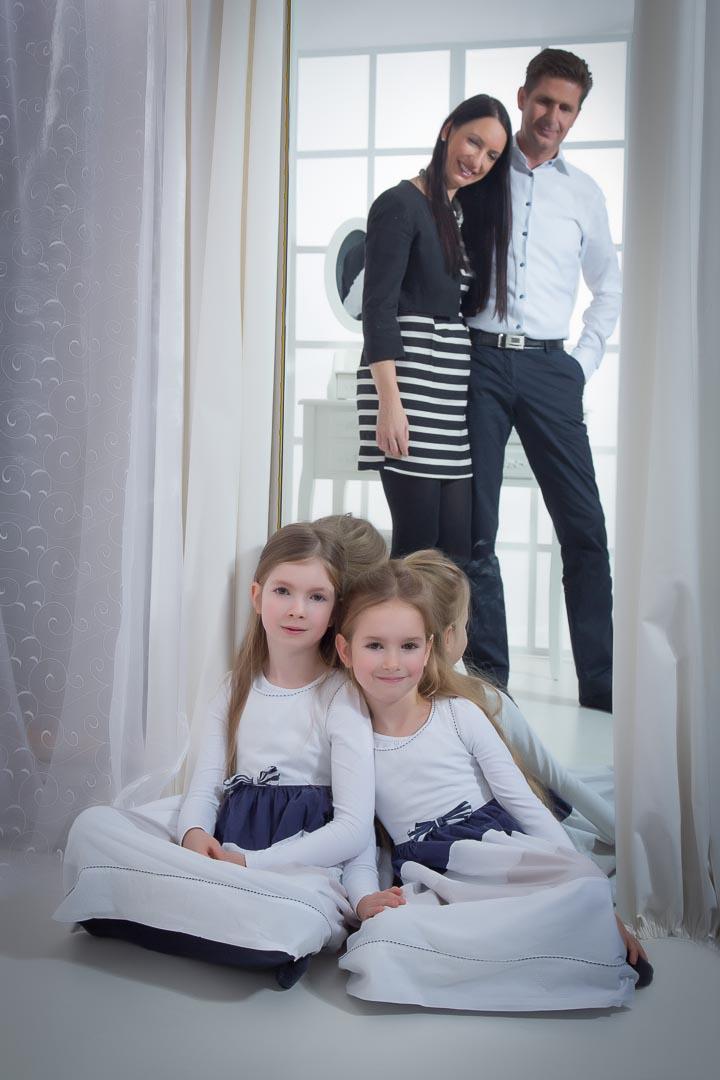 Fotograf-Fotostudio-Dresden-Familie-Fotos-Shooting-Erinnerungen-Kinder-Eltern-Natürlichkeit-Liebsten-Professionell