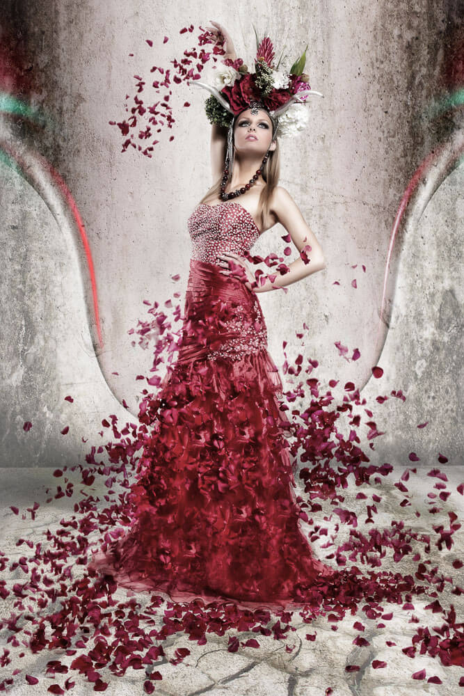 Vollportrait-Fotostudio-Dresden-Blumen-Styling-Elegant-Dress-Make up- Kopfschmuck