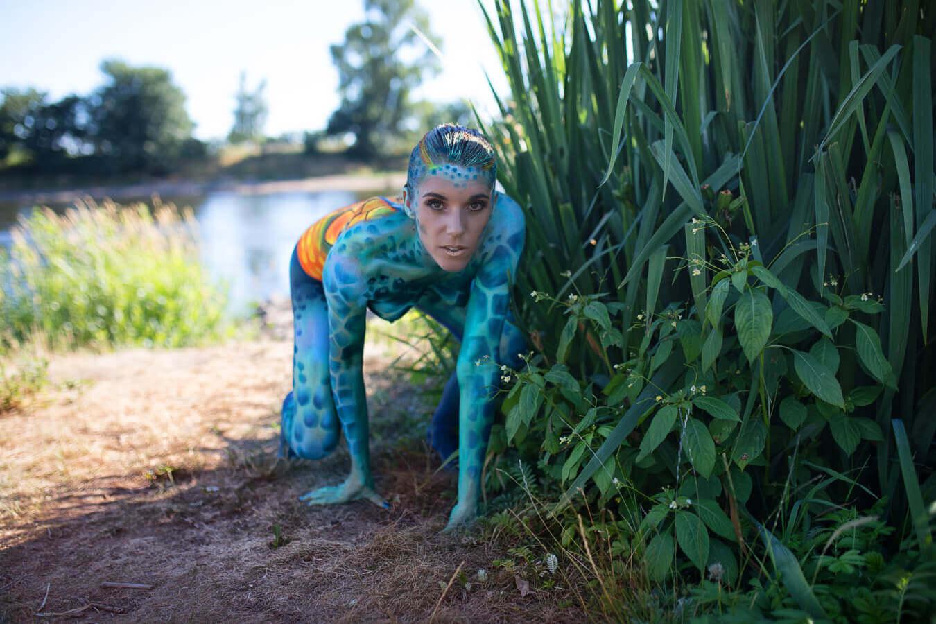 Fotograf-Fotostudio-Dresden-Painting-Body-Natur-Wasser-Kunst-Farbe-Colourful-Styling-Make up