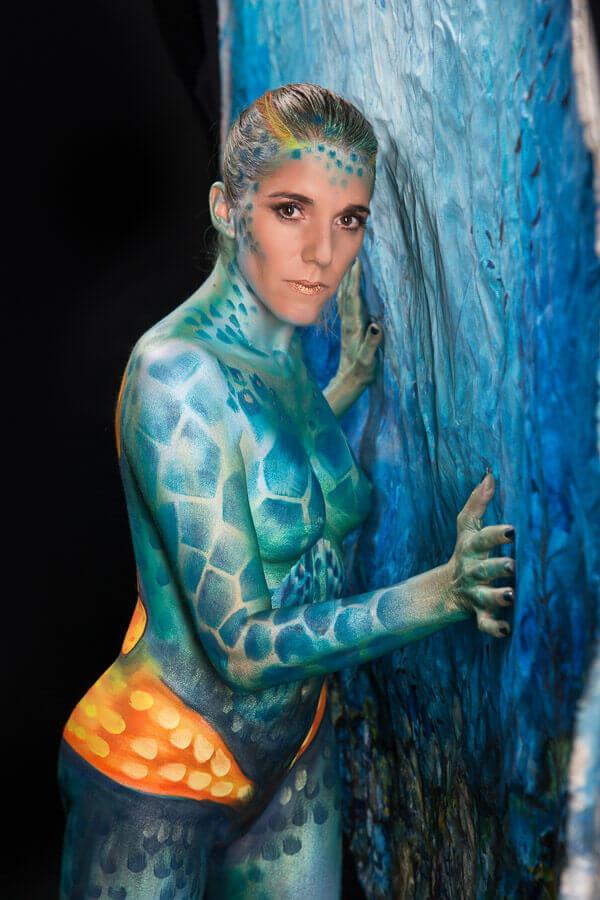 Fotograf-Fotostudio-Dresden-Painting-Body-Blau-Wasser-Kunst-Farbe-Colourful-Styling-Make up